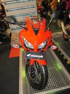 CBR 150 R Champion RED