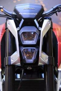 Honda SFA Concept Head lamp.jpg