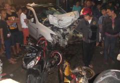 mobil pelaku utama kecelakaan yang mengakibatkan korban jiwa