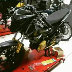sonic 150 r modifikasi hitam