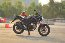 wpid-all-new-cb-150-r-facelift-right-far-3-macantua.com_.jpeg.jpeg
