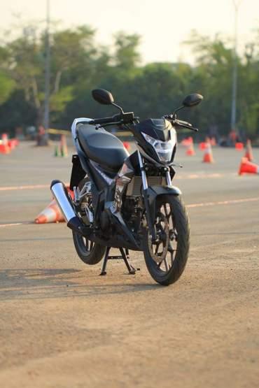 wpid-all-new-sonic-150-r-macantua.com-front-right-far.jpeg.jpeg