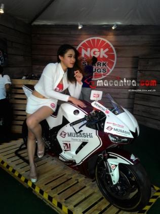 wpid-spg-sexy-motogp-sepang-ngk5-macantua.com_.jpg.jpeg
