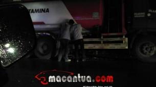 truk-pertamina-kehabisan-solar-kemacetan-padalarang-jembatan-amblas-citatah-cibogomacantua.com_.jpg.jpeg