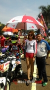 honda-dream-cup-bandung-umbrella-girl-5-macantua.com_.jpg.jpeg