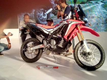 CRF 250 Rally macantua.com 5