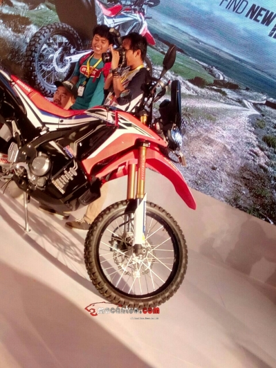 CRF 250 Rally macantua.com 8