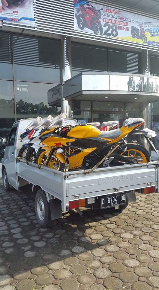 Suzuki GSX R150 Special edition